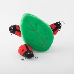 Zippy Burrow - Ladybugs in Leaf   ZippyPaws hondenspeelgoed groothandel